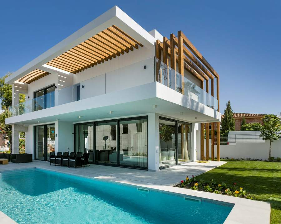 Exceptional villas in Atalaya Golf area