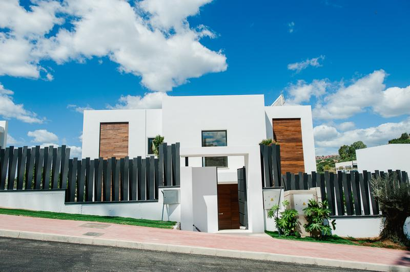 Refined Contemporary Villas in a Gated and Well Maintained Community