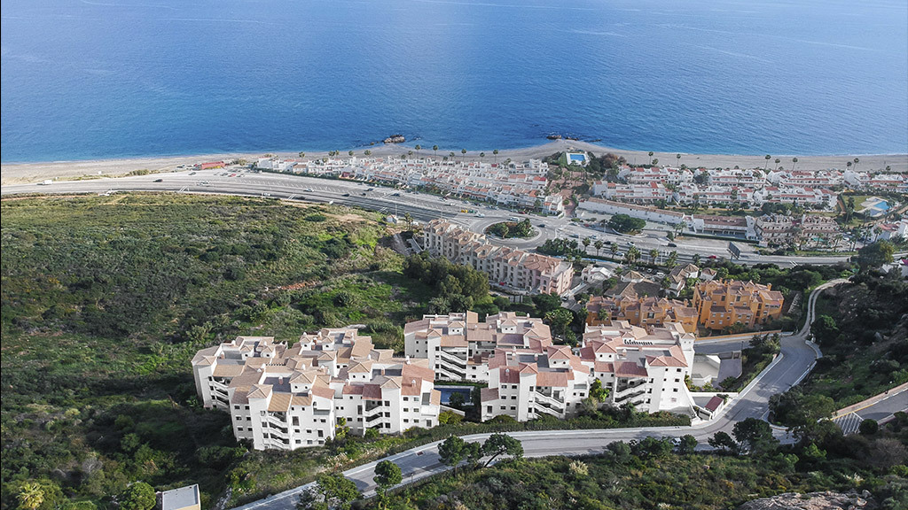 Spacious apartments with panoramic views of the Mediterranean Sea