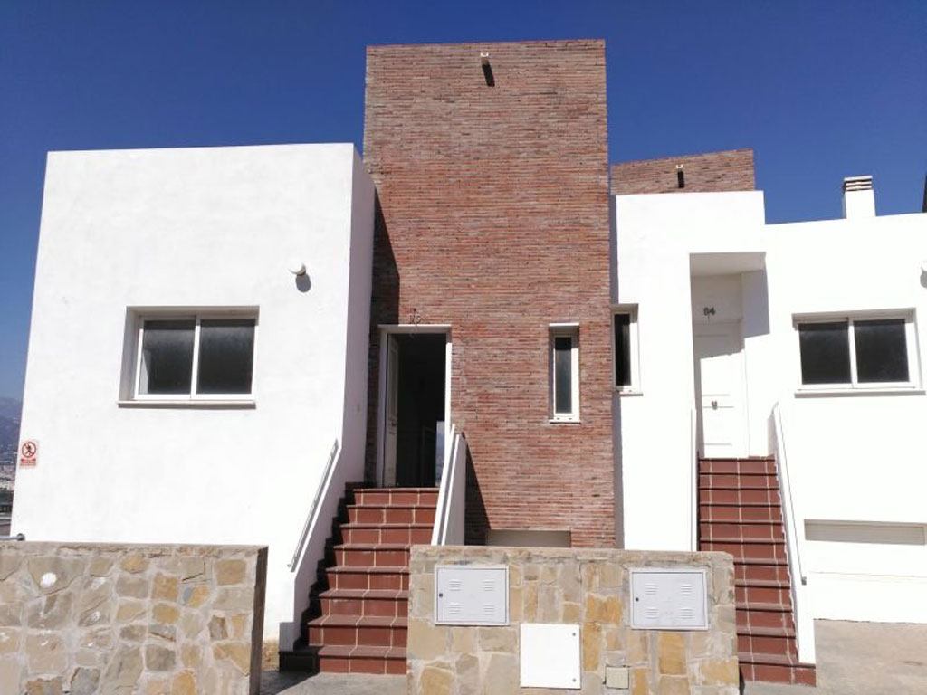 Contemporary Townhouses in Torre del Mar