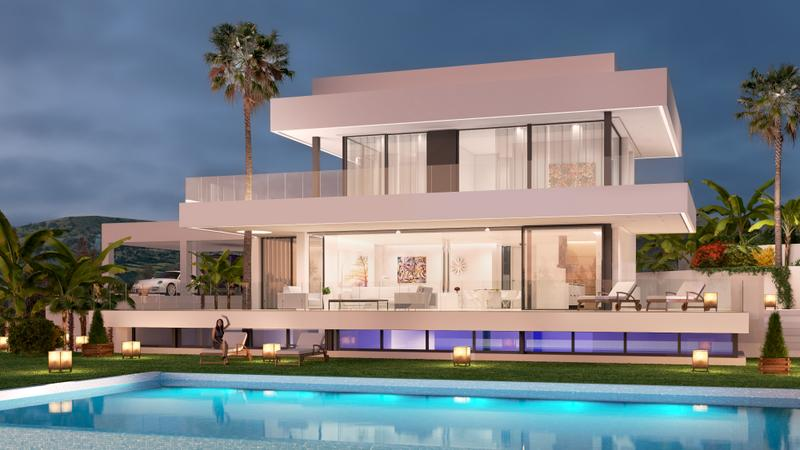 Luxury detached villas with golf & sea views in the Golden Mile